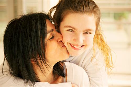 Mom and Child smiling about getting Invisalign or braces in Goodlettsville, TN